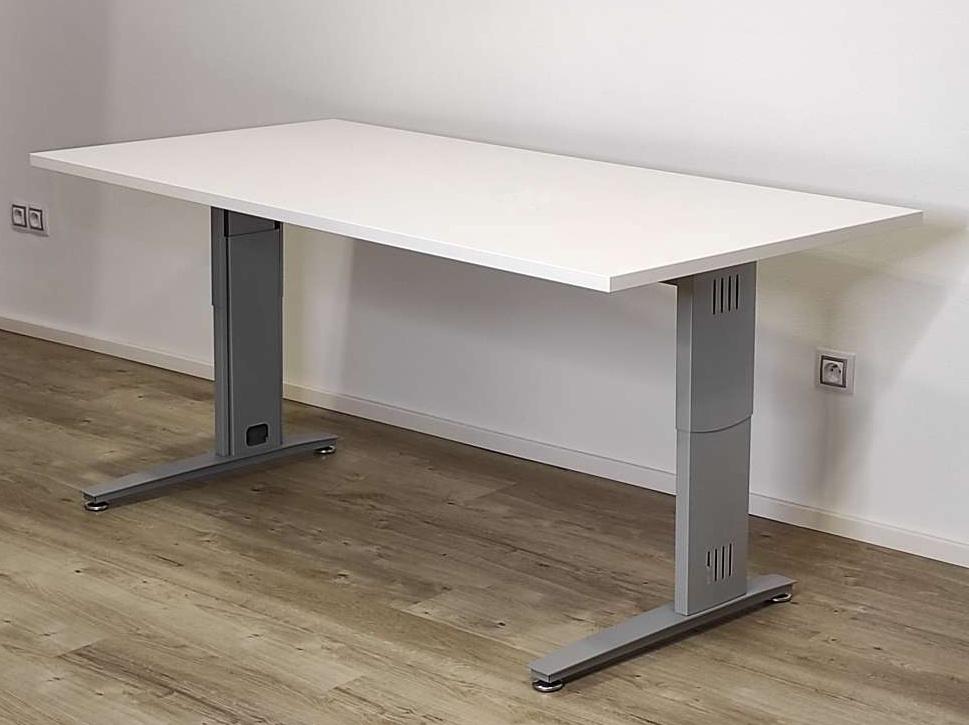 Montážní návod stolu DeskFix 300/400